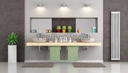 banyo moderno con lavabo doble