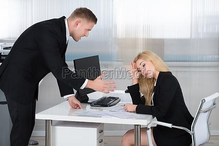 escritorio persona lugar de trabajo negocios
