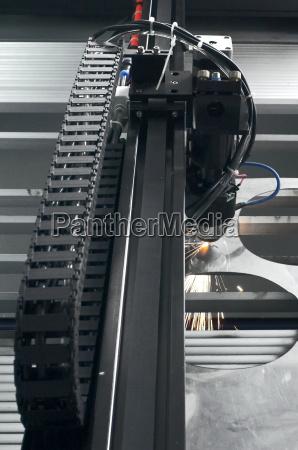 industria acero metal trabajo laser precision
