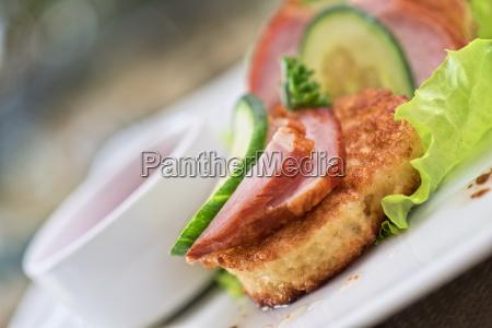 comida primer plano hojas refresco cocina