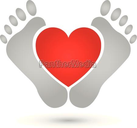 dos pies y corazon logo pies