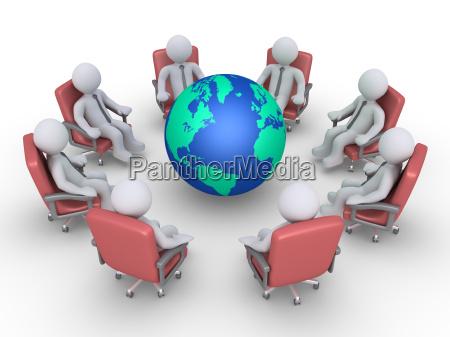 hombres de negocios en una reunion
