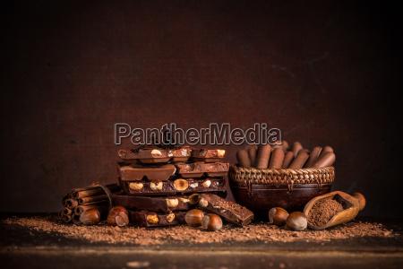 bodegon con juego de chocolates