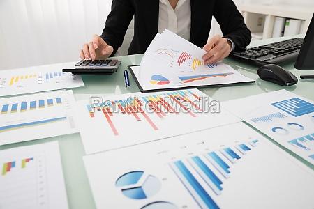 escritorio computadora financieramente informe maquina de