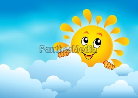 cielo nublado con sol al acecho