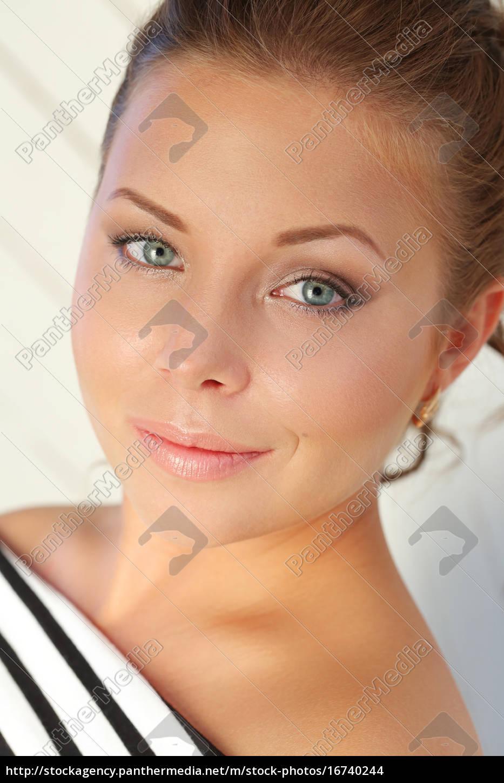 hermosa, mujer - 16740244