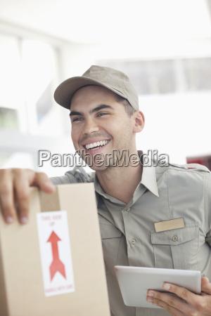 industria sombrero caucasico europeo vista frontal