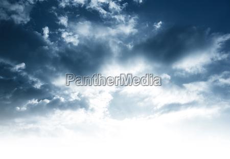 fondo nublado del cielo