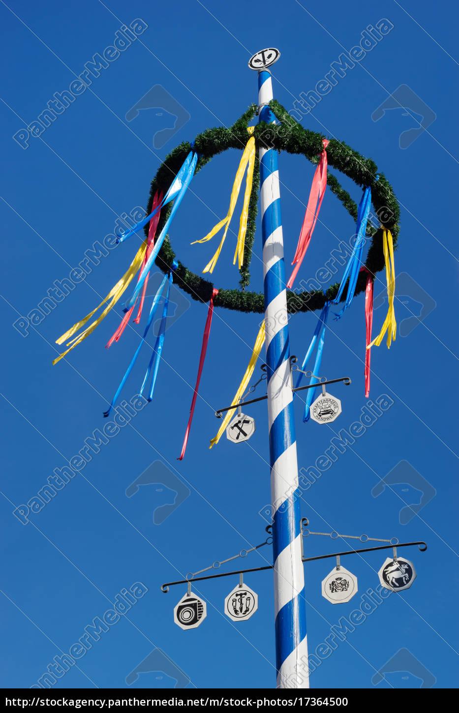 maypole, bávaro, contra, el, cielo, azul - 17364500