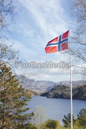 paseo viaje nube noruega al aire