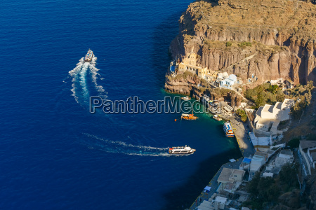old port of fira main town