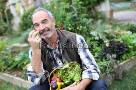 personas gente hombre risilla sonrisas comida