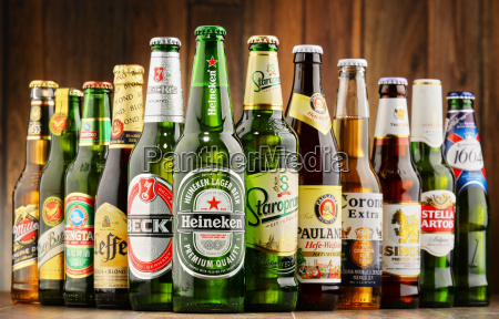 botellas de marcas mundiales de cerveza