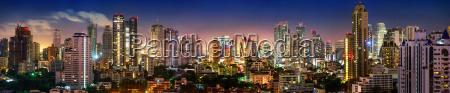 panorama del horizonte de bangkok por