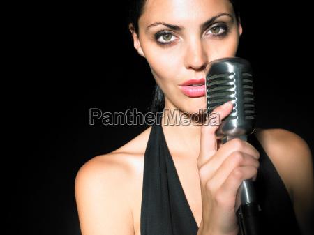 musica noche horizontalmente posicion musico glamour