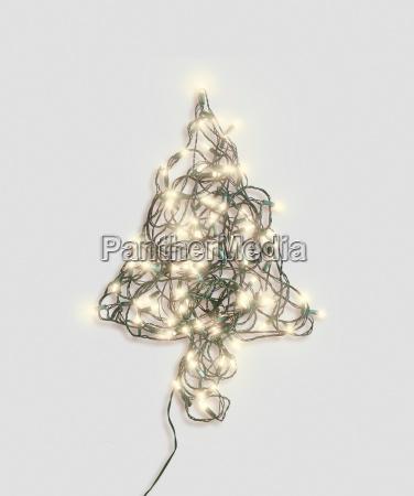 la forma del arbol de navidad