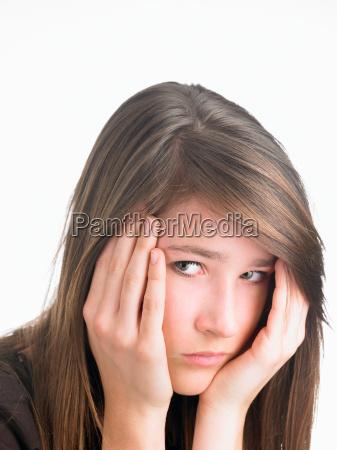 primer plano retrato tristeza ira en