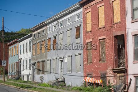 dilapidated buildings new york city new