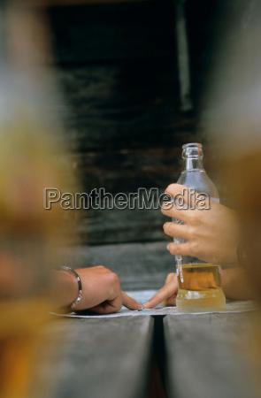 movimiento en movimiento dedo beber bebida