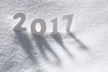texto 2017 con letras blancas en