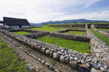 arquitectura piedra pared horizontalmente al aire