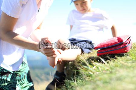 bandaging foot injury child twisted leg