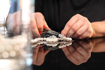 fabricacion de joyeria abalorios roscantes