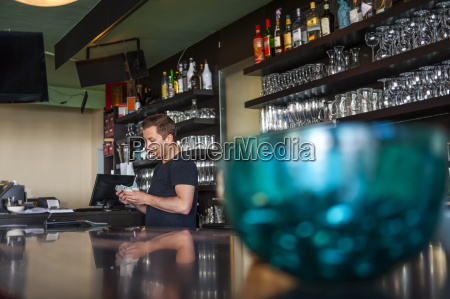 cafe personas gente hombre alemania financiero