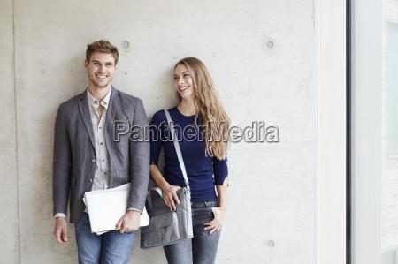 personas gente hombre risilla sonrisas retrato