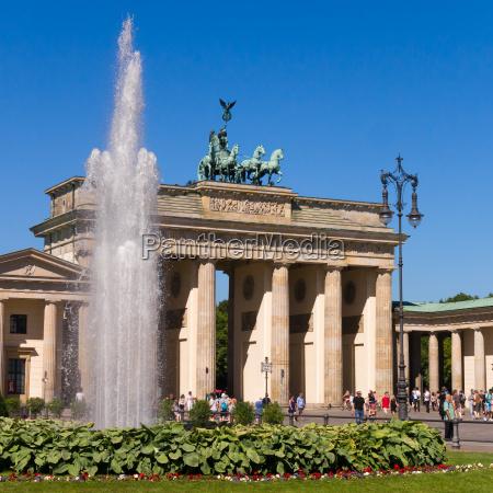 paseo viaje ciudad monumento famoso turismo