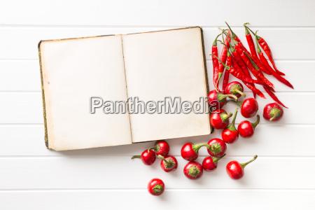 libro de recetas en blanco y