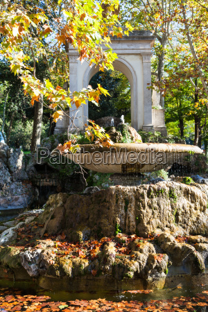 fountain in rome city in autumn