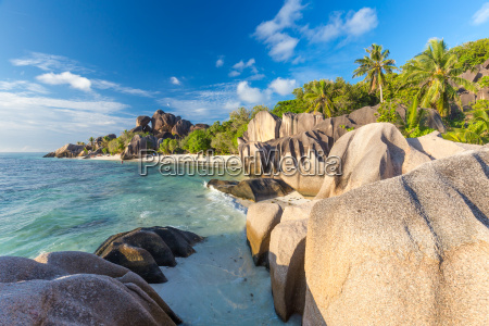 hermosa playa tropical anse source dargent
