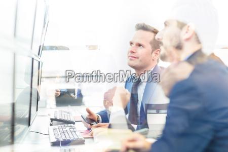 personas gente hombre oficina hombres estrategia