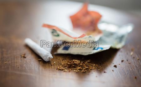 cigarrillo naturaleza muerta objeto disenyo primer