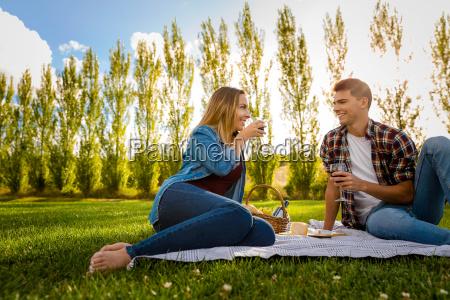 parque vino encantado feliz alegre amor