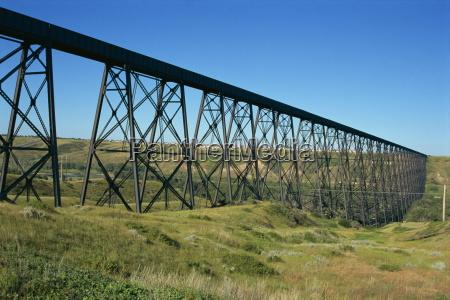 paseo viaje puente eeuu horizontalmente metal