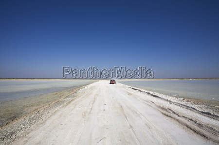 paseo viaje trafico africa namibia camino