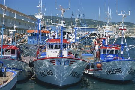 paseo viaje europa espanya puerto horizontalmente