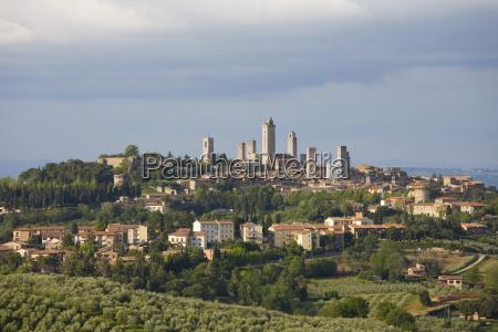 skyline of medieval towers san gimignano