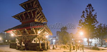 paseo viaje religioso templo color asia