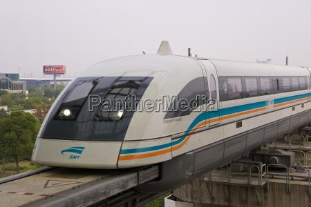 tren vehiculo transporte paseo viaje ciudad