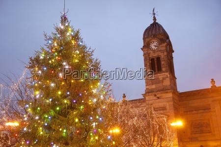 christmas tree and guild hall at