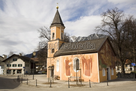 paseo viaje religioso monumento memorial capilla