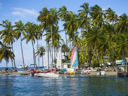 caribe santa lucia barcos en la