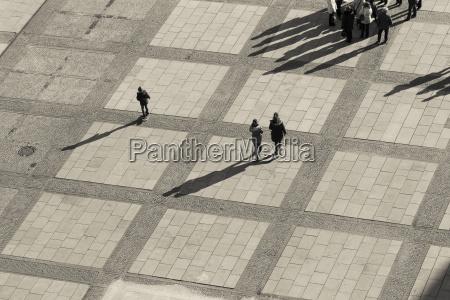 alemania berlin plaza con los peatones