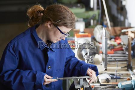 alemania kaufbeuren mujer que trabaja en