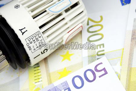 medios de pago moneda euros riqueza