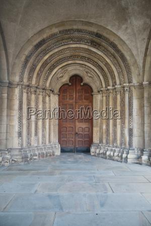 paseo viaje religion iglesia entrada puerta