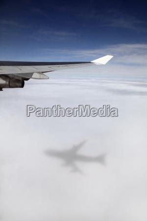 jumbo jet boeing 747 in mid